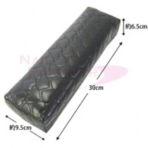 NAIL GARDEN 心型壓紋手枕-黑色