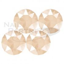 施華洛世奇 尖底 水晶象牙乳白SS29 (10粒) #1088