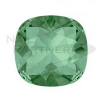 施華洛世奇 尖底 方形 8mm  翠綠(2個) #4470